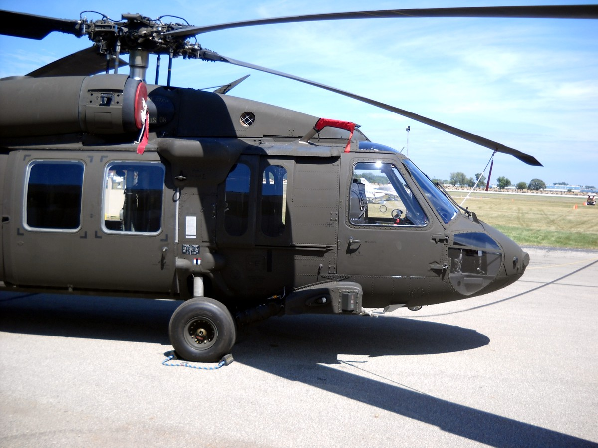 uh 60a blackhawk flight line supplement A rogerson kratos-modified sikorsky uh-60a black hawk recently made its first flight this is the first full digital cockpit modernization upgrade of a sikorsky uh-60a to fly, rogerson kratos says.